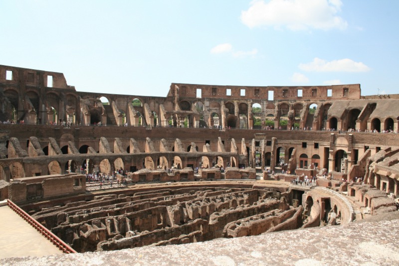 Coliseo interior 2