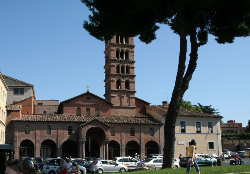 Santa María in Cosmedin exterior