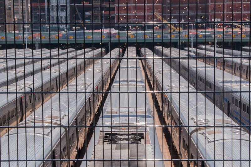 trenes bajo el High Line de Nueva York