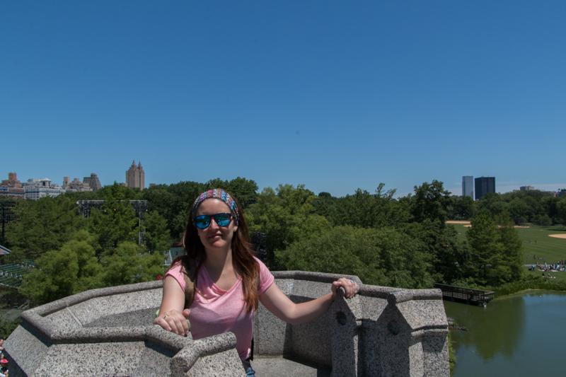Lidia en la torre del Castillo de Belvedere de Central Park en Nueva York
