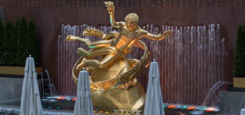 estatua de Prometeo en el Rockefeller Center de Nueva York