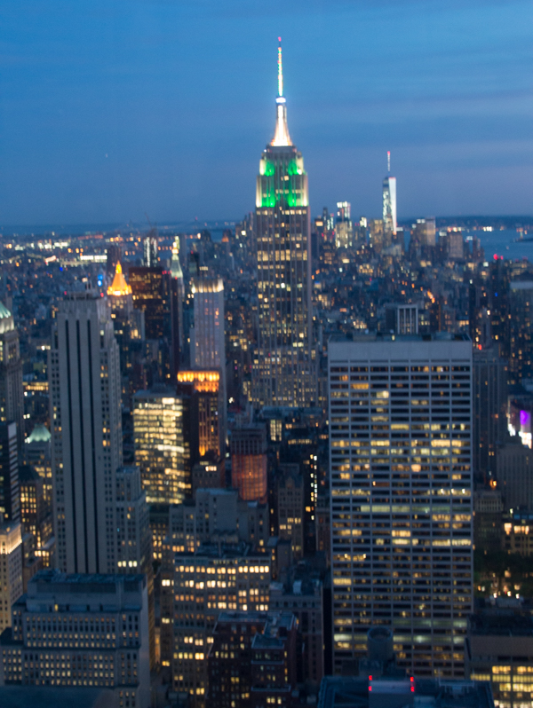 vista nocturna desde el TOR de Nueva York