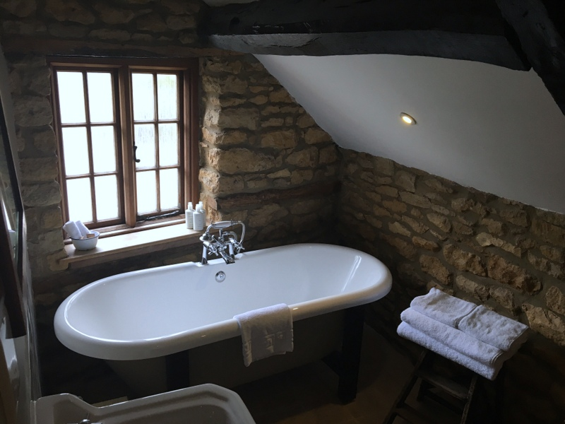 baño del Ebrington Arms en Chipping Campden 1