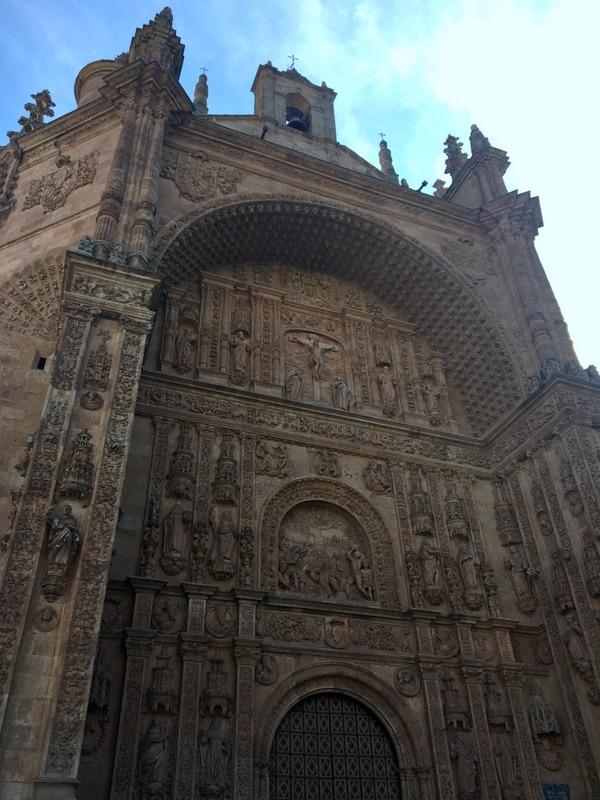 fachada del convento de San Esteban en Salamanca