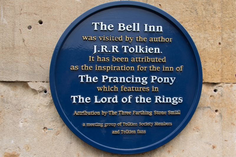 placa del Bell Inn en Moreton-in-Marsh