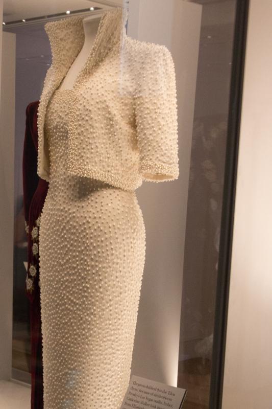 Diana: Her Fashion Story 2