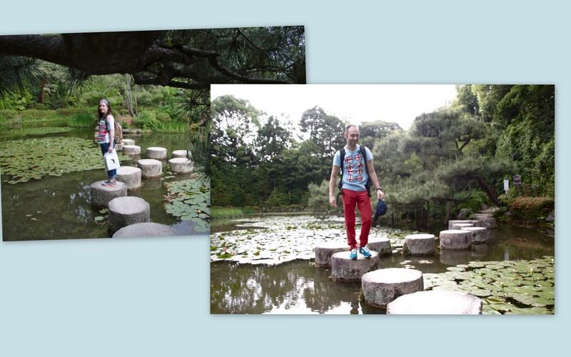 Lidia y Sergio pasando por las piedras del jardín del Santuario Heian en Kioto