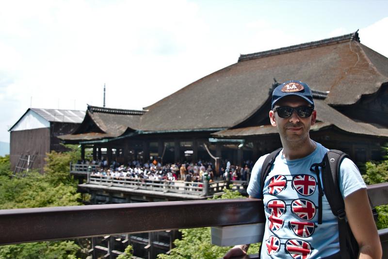 Sergio en el templo Kiyomizudera en Kioto