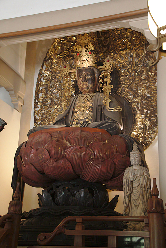 estatua de Buda del templo Engaku-ji en Kamakura
