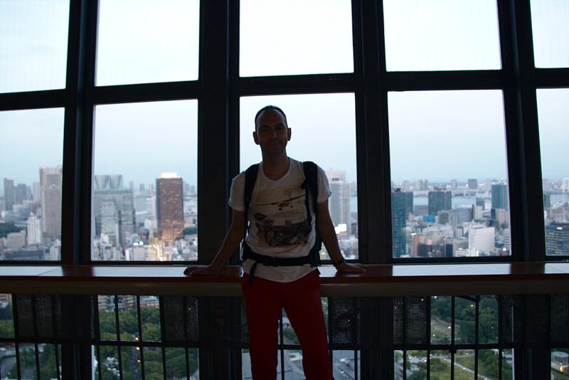 Sergio en la Tokyo Tower