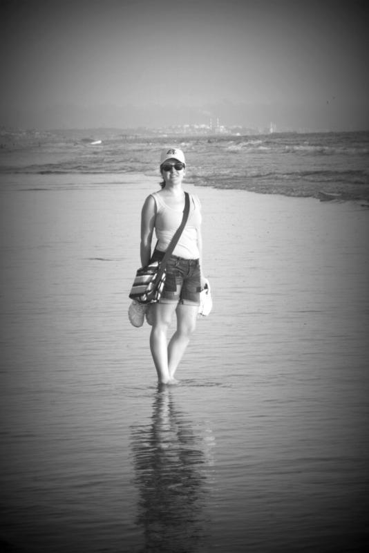 Lidia en la playa de Santa Monica en Los Angeles