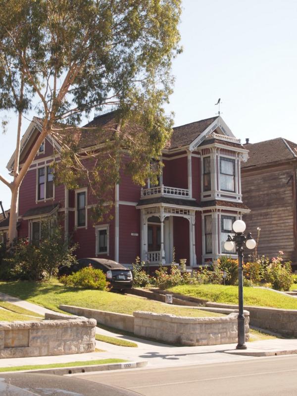 Casa de Embrujadas en Carrol Avenue en Los Angeles