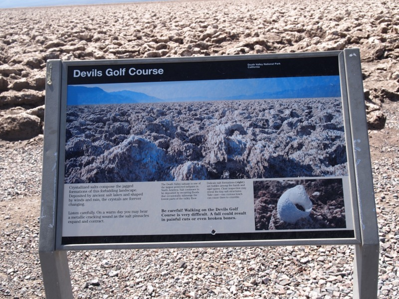 cartel de indicación de Devil's Golf Course