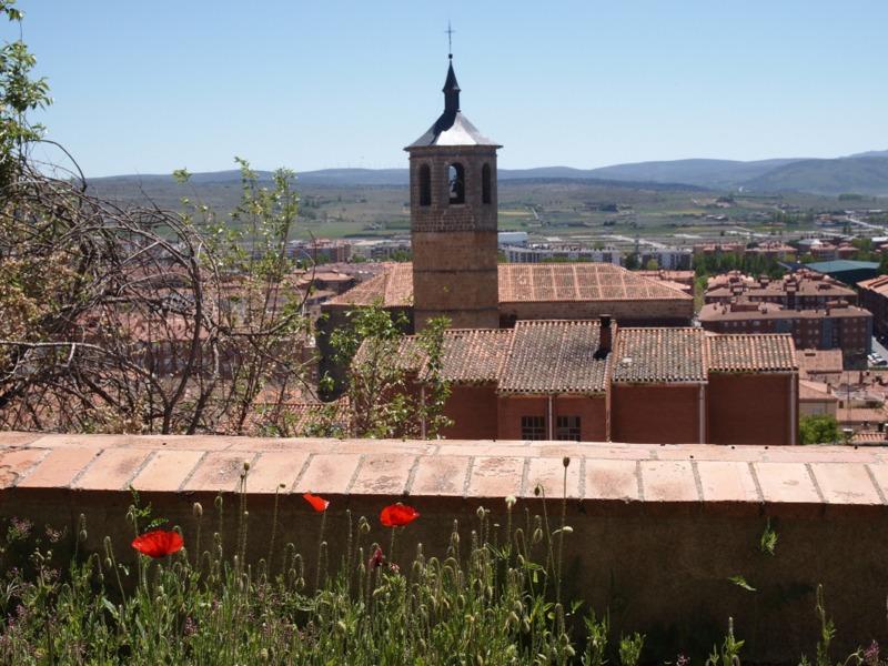 vistas de los exteriores de la muralla de Ávila