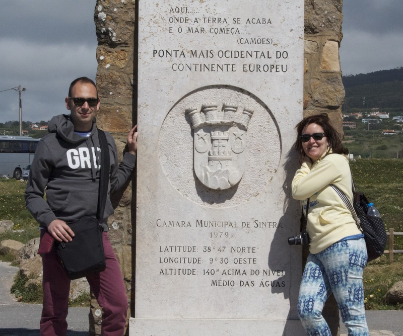 Lidia y Sergio en el Cabo da Roca
