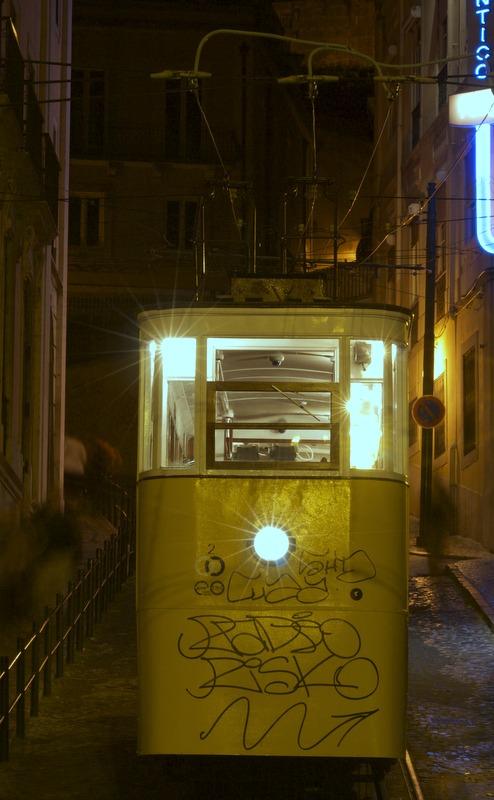 Lisboa de noche - elevador
