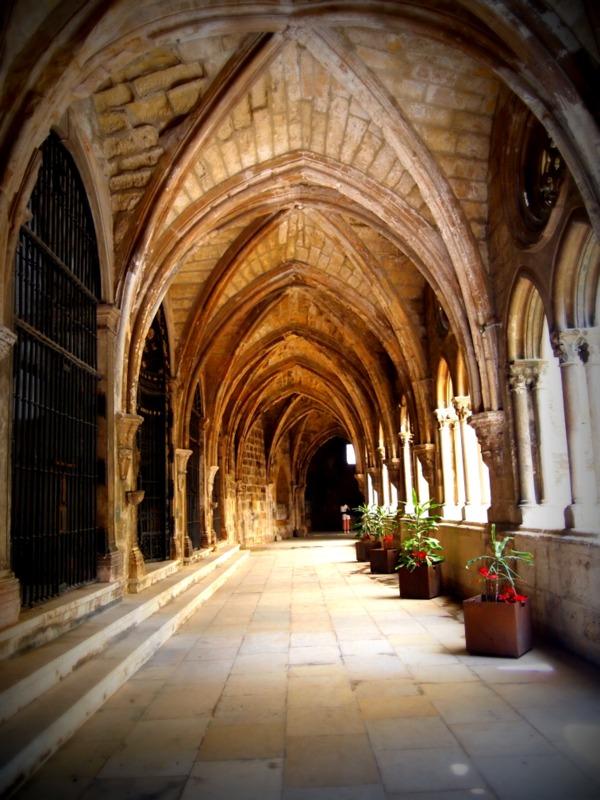 claustro en la catedral de Sé de Lisboa