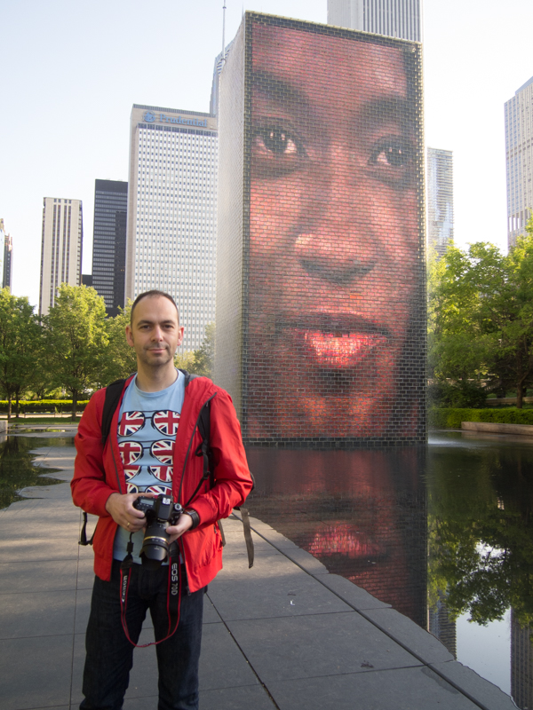 Sergio en la Crown Fountain del Millenium Park de Chicago