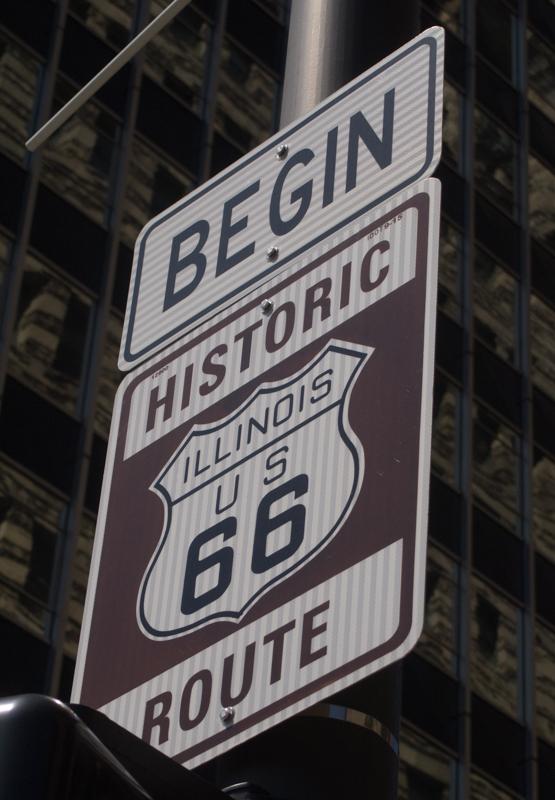 cartel del inicio de la Ruta 66 en Chicago