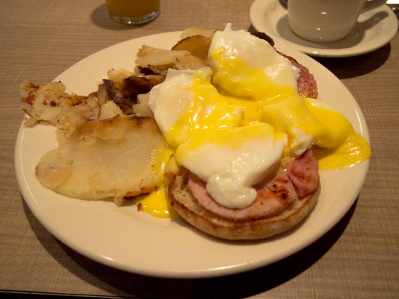 desayuno de Lidia en el Lou Mitchell's de Chicago