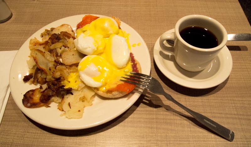 desayuno de Sergio en el Lou Mitchell's de Chicago