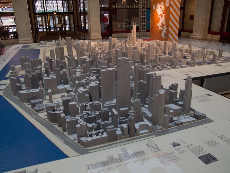 maqueta de Chicago expuesta en el vestíbulo del Edificio Santa Fe