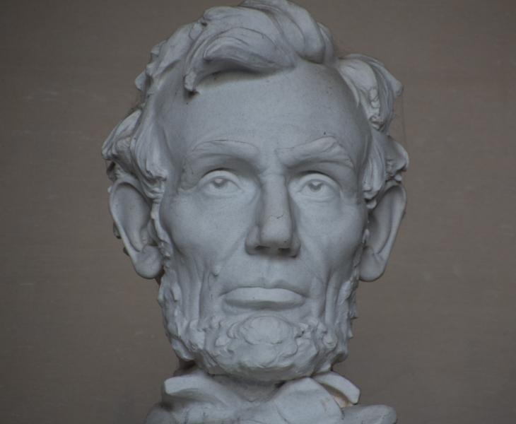 detalle de la estatua de Lincoln del Lincoln Memorial en Washington DC 1