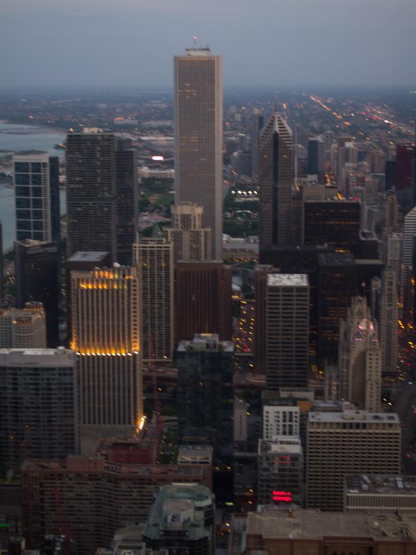 vistas de Chicago desde el baño de chicas del Signature Lounge de la Torre Hancock 3