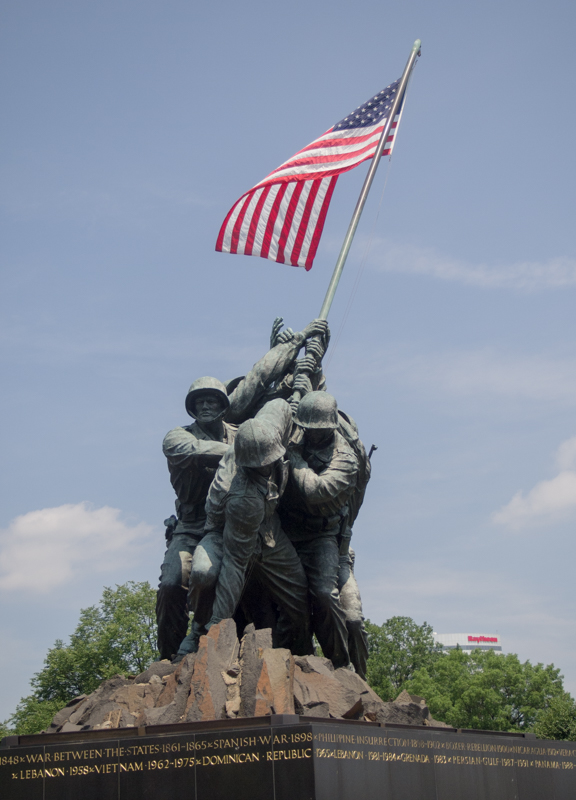 estatua del Iwo Jima Memorial en el Cementerio de Arlington en Washington DC