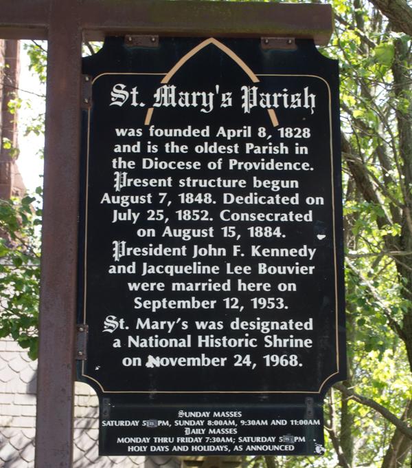 cartel de la Iglesia de Santa María en Newport Rhode Island