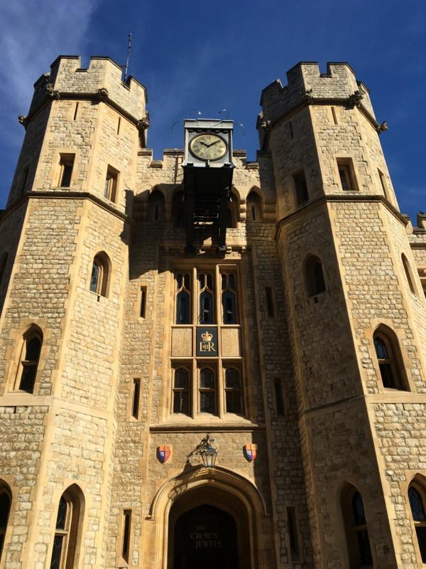 entrada a las Joyas de la Corona en la Torre de Londres