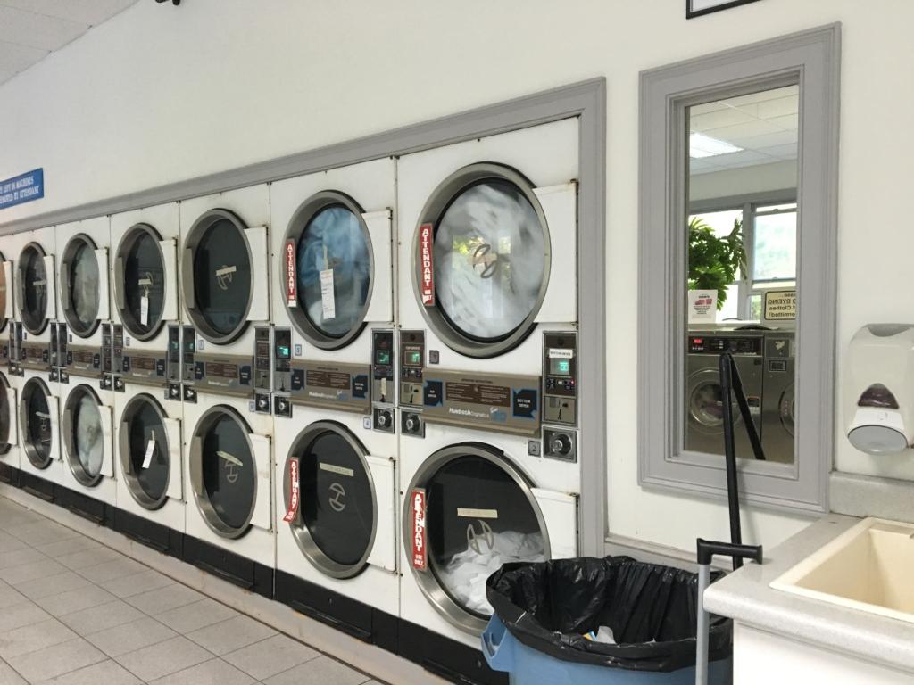 lavandería en Cape Cod Massachussets - secadoras