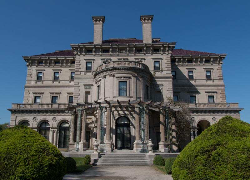 mansión The Breakers en Newport Rhode Island - parte trasera