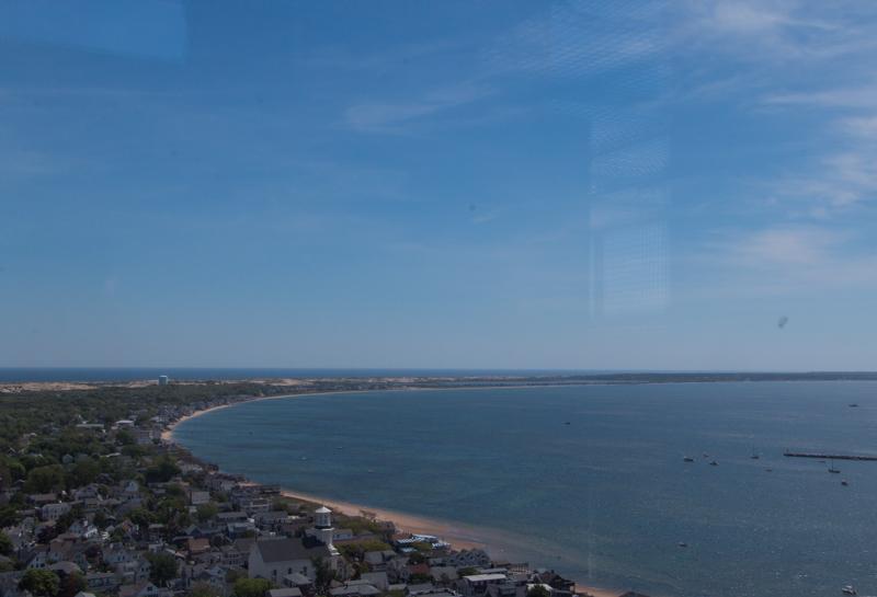vistas de Provincetown desde lo alto del Monumento a los Peregrinos en Cape Cod