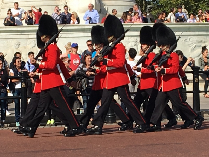 cambio de Guardia en Buckingham Londres 1