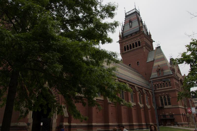 Memorial Hall en la Universidad de Harvard en Boston 1