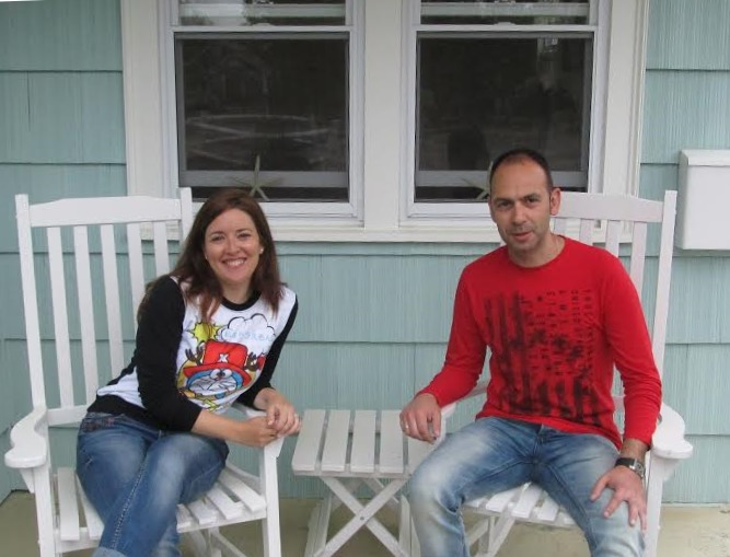 en el porche de The Escape Inn en Cape Cod