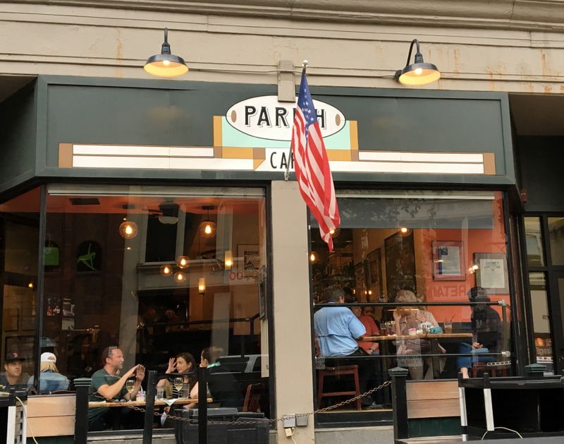 Cafe Parish de Boston