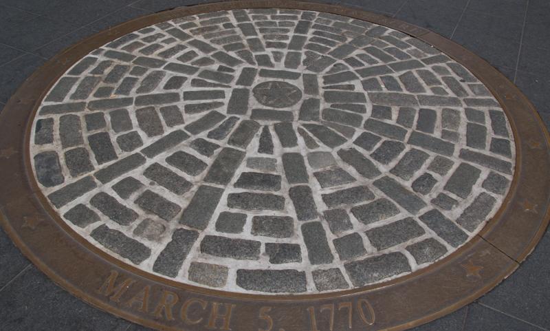 placa conmemorativa de la Masacre de Boston