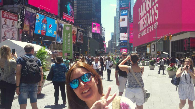 Lidia en Times Square de Nueva York