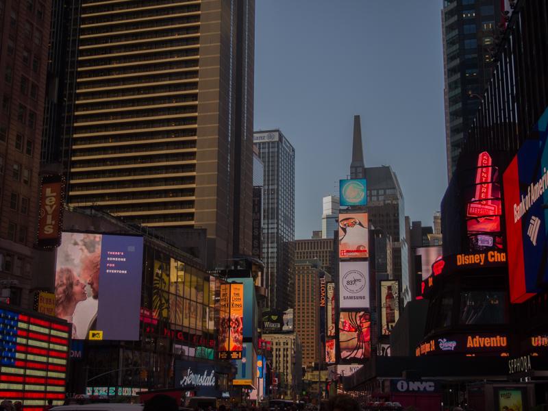 Times Square al atardecer 1