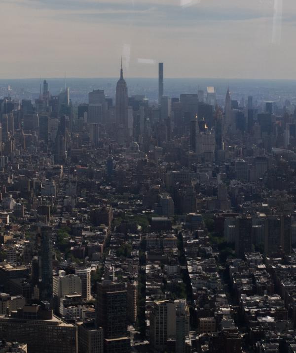 vistas del Empier, MetLife y Chrysler desde el One World Observatory de Nueva York