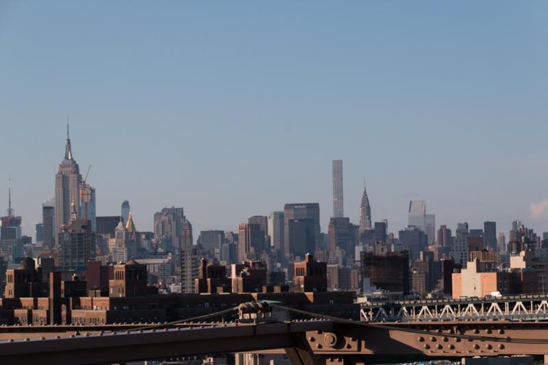 vistas del Empire, MetLife y Chrysler desde el puente de Brooklyn