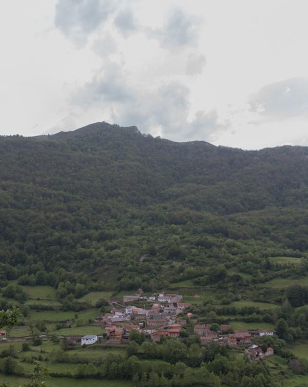 vistas del valle desde mirador del Puerto de Somiedo
