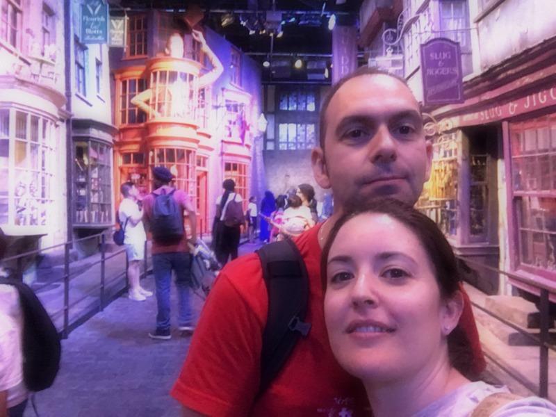 Lidia y Sergio en el Callejón Diagon