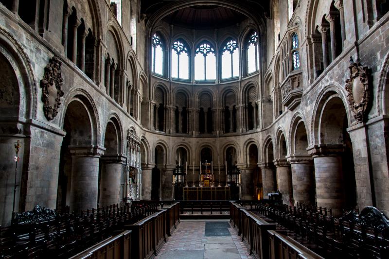 interior de San Bartolomé el Grande 1