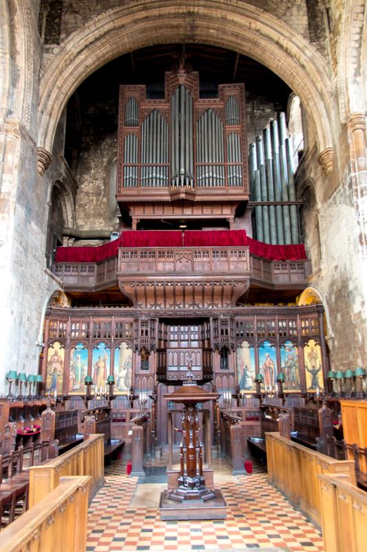 interior de San Bartolomé el Grande 2