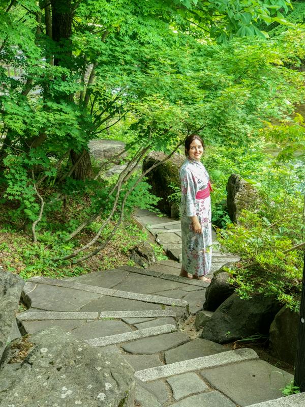 escaleras del Takaragawa Onsen