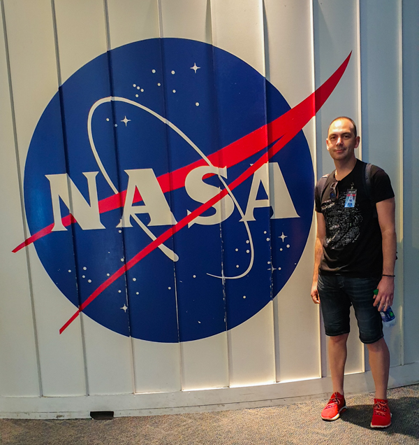 Sergio en Level 9 Tour NASA